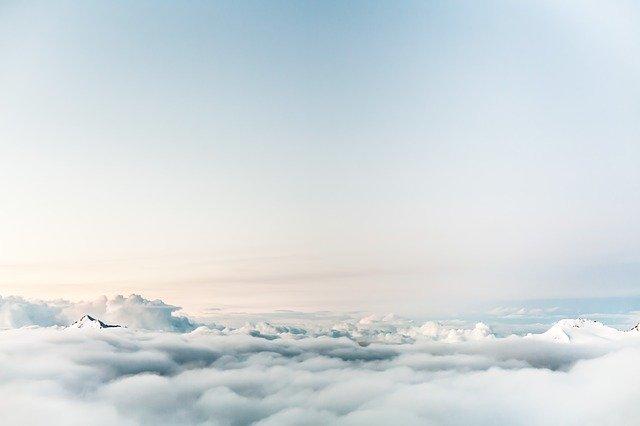 雲の上の浮遊感